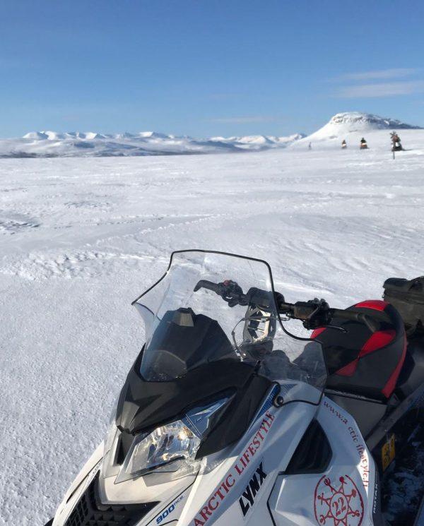 Schneemobil Reise Finnland