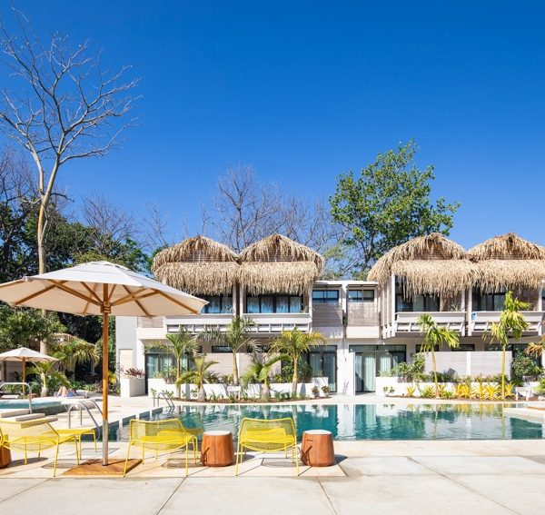 Perfect Tours Surfcamp The Gilded Iguana Surf Hotel (2)