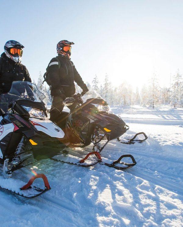 Schneemobil Reise Lappland PerfectTours (14)
