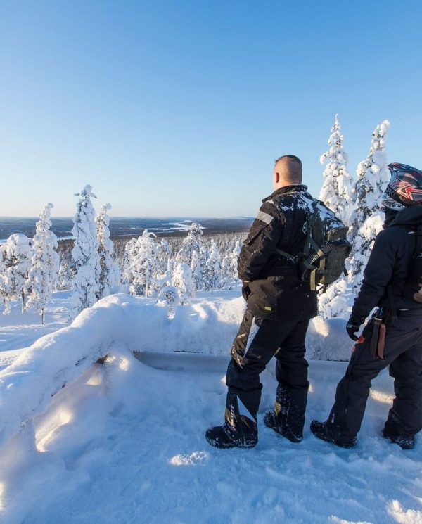 Schneemobil Reise Lappland PerfectTours (2)