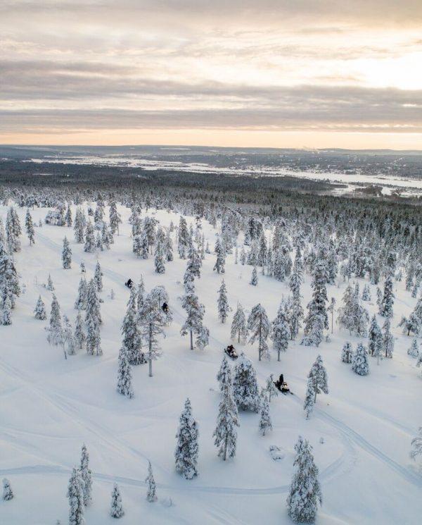 Schneemobil Reise Lappland PerfectTours (3)
