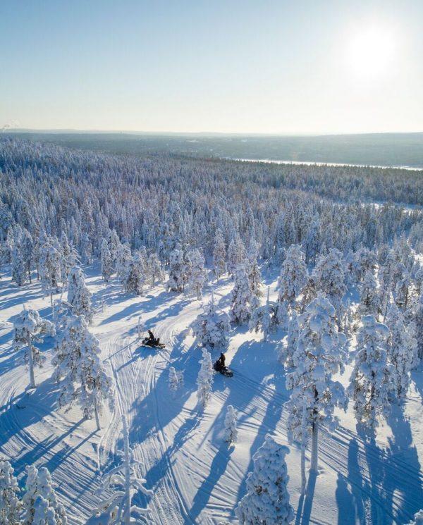 Schneemobil Reise Lappland PerfectTours (6)