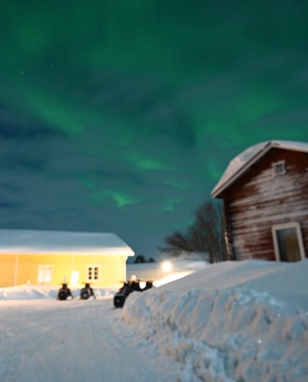 Schneemobil Reise Lappland Perfect Tours (105)