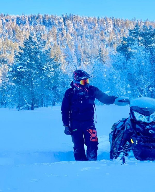 Schneemobil Reise Lappland Perfect Tours (45)