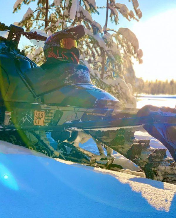 Schneemobil Reise Lappland Perfect Tours (47)