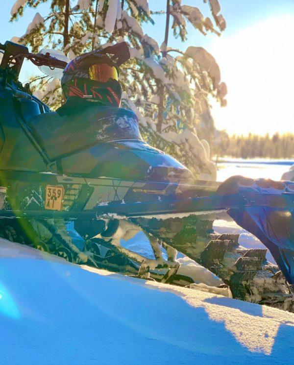 Schneemobil Reise Lappland Perfect Tours (72)