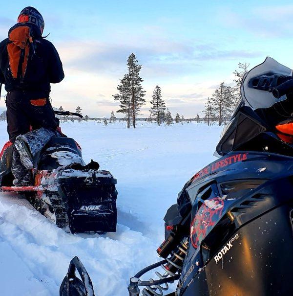 Schneemobil Reise Lappland Perfect Tours (86)